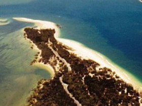 Inskip Peninsula Recreation Area - ACT Tourism