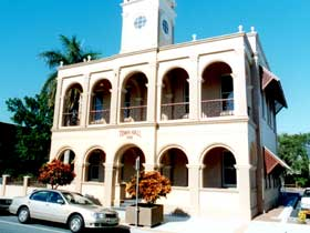Mackay Town Hall - ACT Tourism
