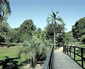 Ingham Memorial Gardens - ACT Tourism