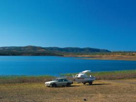 Lake Callide - ACT Tourism