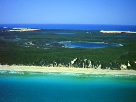Fraser Island Great Sandy National Park - ACT Tourism