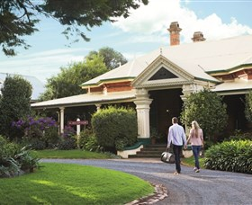 Historical Walk Through Russell Street - ACT Tourism