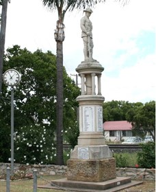 Forest Hill War Memorial - ACT Tourism