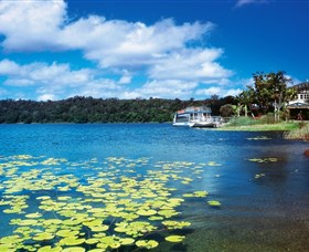 Lake Barrine Crater Lakes National Park - ACT Tourism