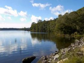 Lake Paluma - ACT Tourism