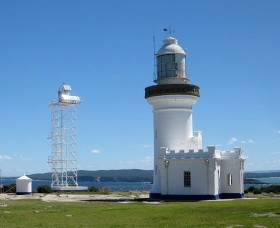 Point Perpendicular Lighthouse and Lookout - ACT Tourism