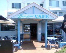 Breakers Cafe and Restaurant - ACT Tourism