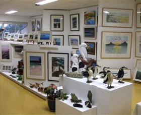 Huskisson Gallery and Picture Framing - ACT Tourism