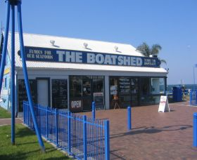 Innes Boatshed - ACT Tourism