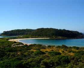 Broulee Island Walk - ACT Tourism