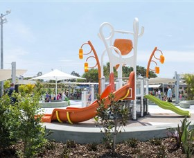 Gladstone Aquatic Centre - ACT Tourism