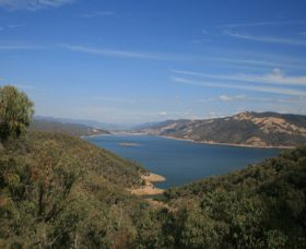 Burrinjuck Dam - ACT Tourism