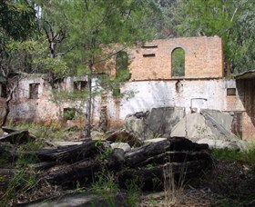 Newnes Shale Oil Ruins - ACT Tourism