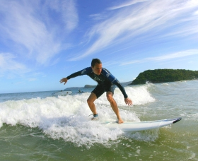 Central Coast Surf School - ACT Tourism