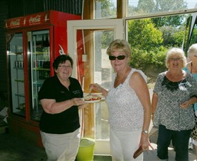 Hawkesbury Valley Heritage Tours - ACT Tourism