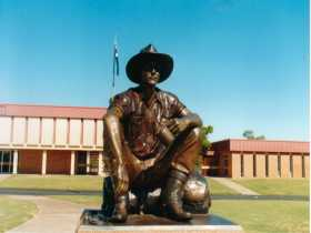 Cunnamulla Fella - ACT Tourism