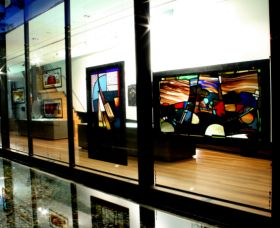 National Art Glass Collection - ACT Tourism