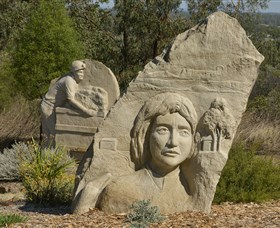 Heritage Sculptures at Pensioners Hill Lookout - ACT Tourism