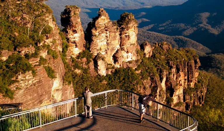 Echo Point lookout Three Sisters - ACT Tourism
