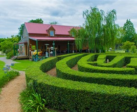Amazement Farm and Fun Park / Cafe and Farmstay Accommodation - ACT Tourism