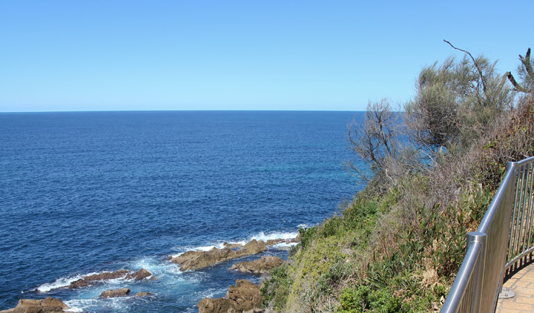 Moruya Heads lookout - ACT Tourism