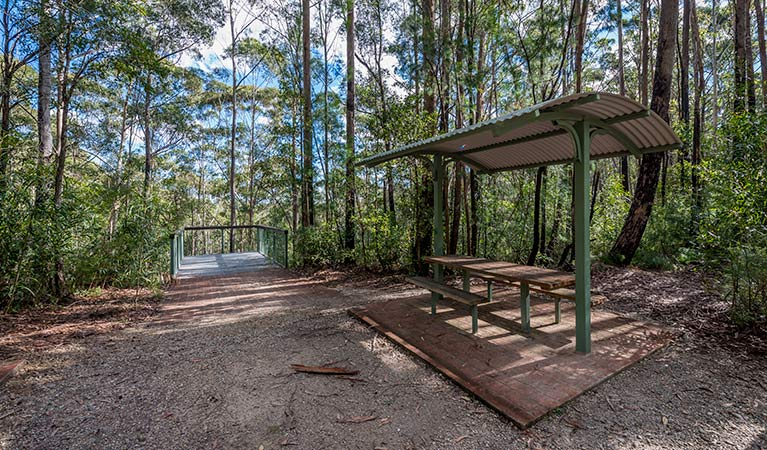Big Nellie lookout and picnic area - ACT Tourism