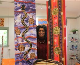 Apma Creations Aboriginal Art Gallery and Gift shop - ACT Tourism