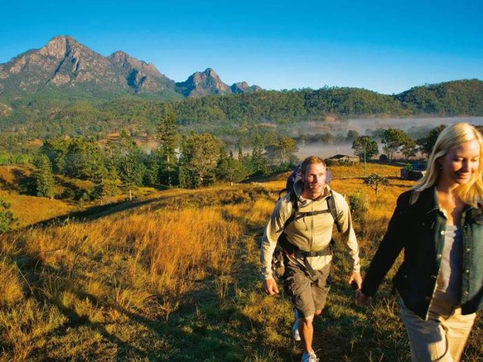 Lower Portals track Mount Barney - ACT Tourism