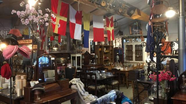 Village Emporium and Antiques Bungendore - ACT Tourism