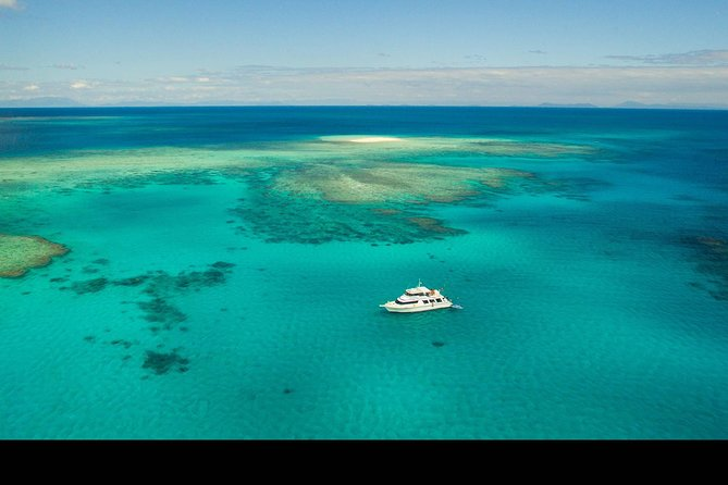 Great Barrier Reef Dive and Snorkel Cruise from Mission Beach - ACT Tourism
