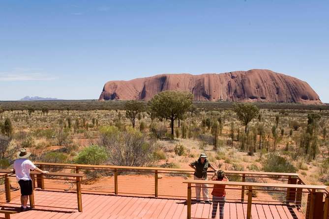 Uluru Small Group Tour including Sunset