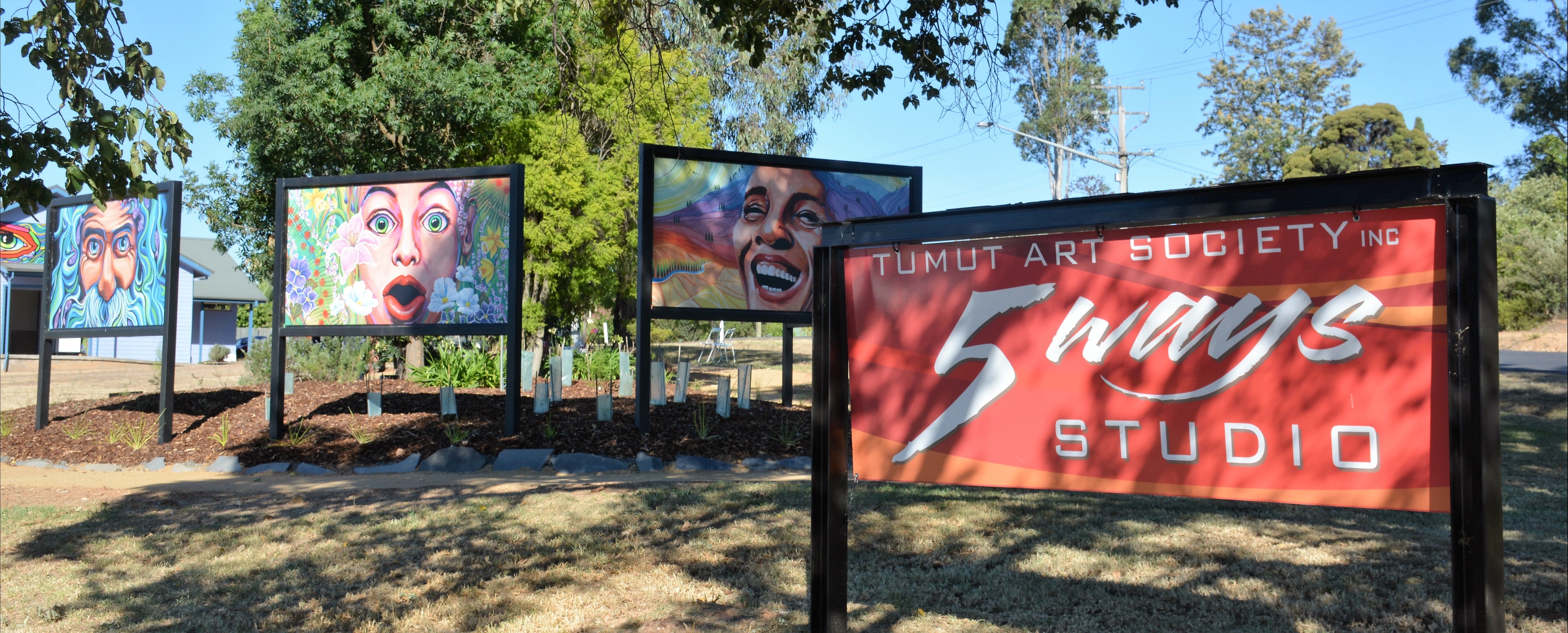 Tumut Art Society 5Ways Gallery - ACT Tourism