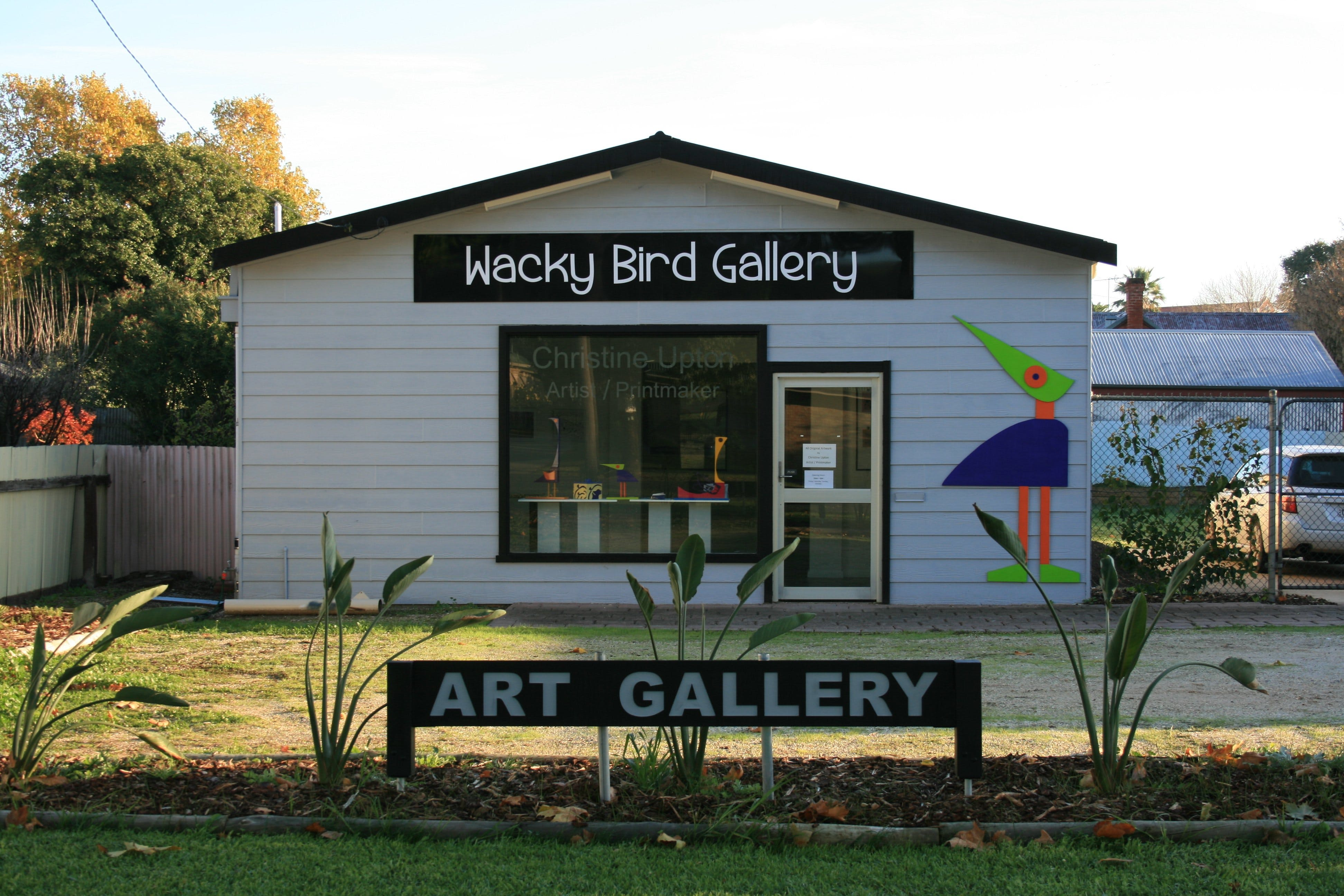 Wacky Bird Gallery - ACT Tourism
