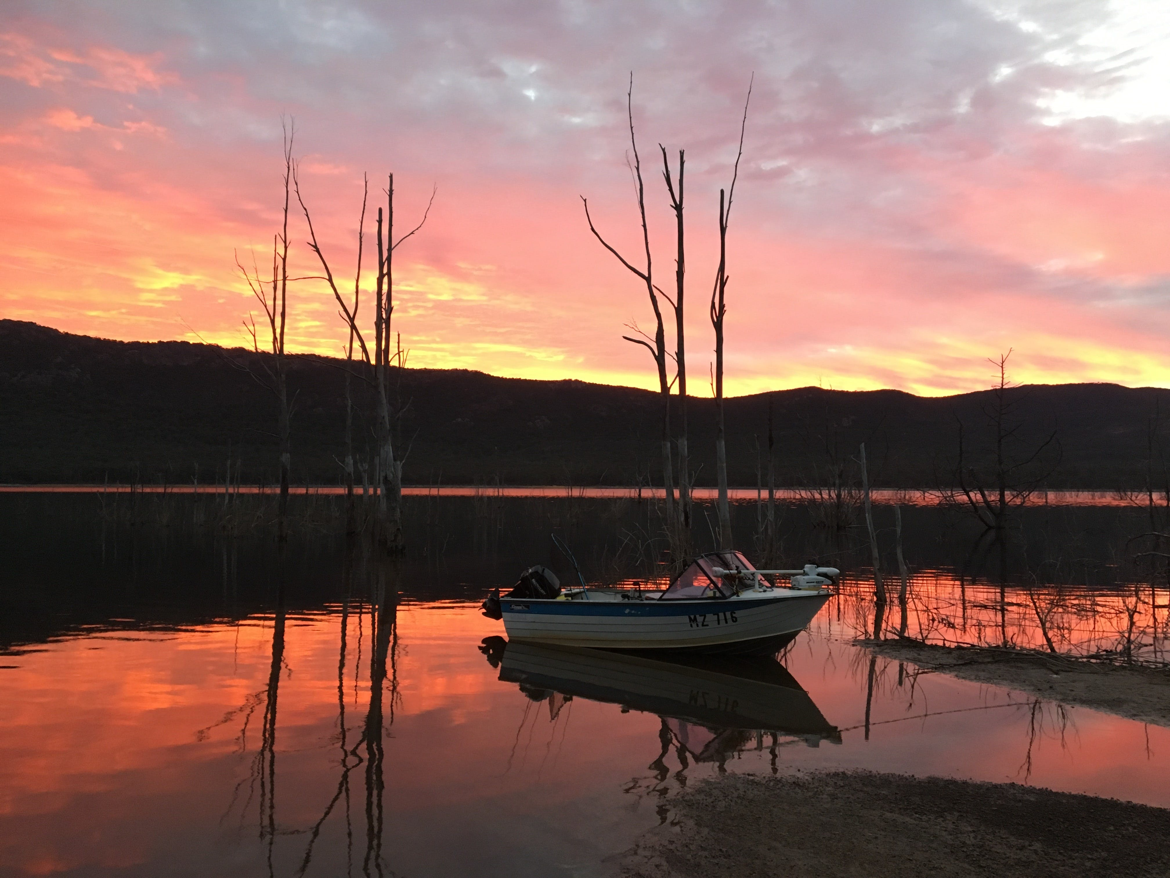 Lake Bellfield - ACT Tourism