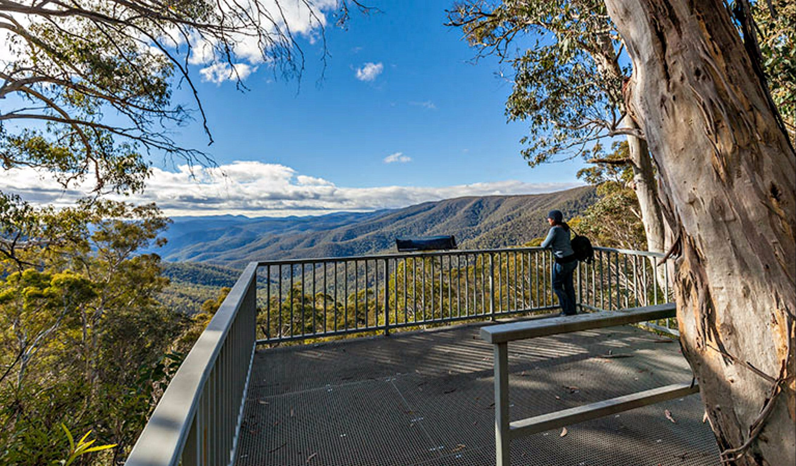 Wallace Creek Lookout - ACT Tourism