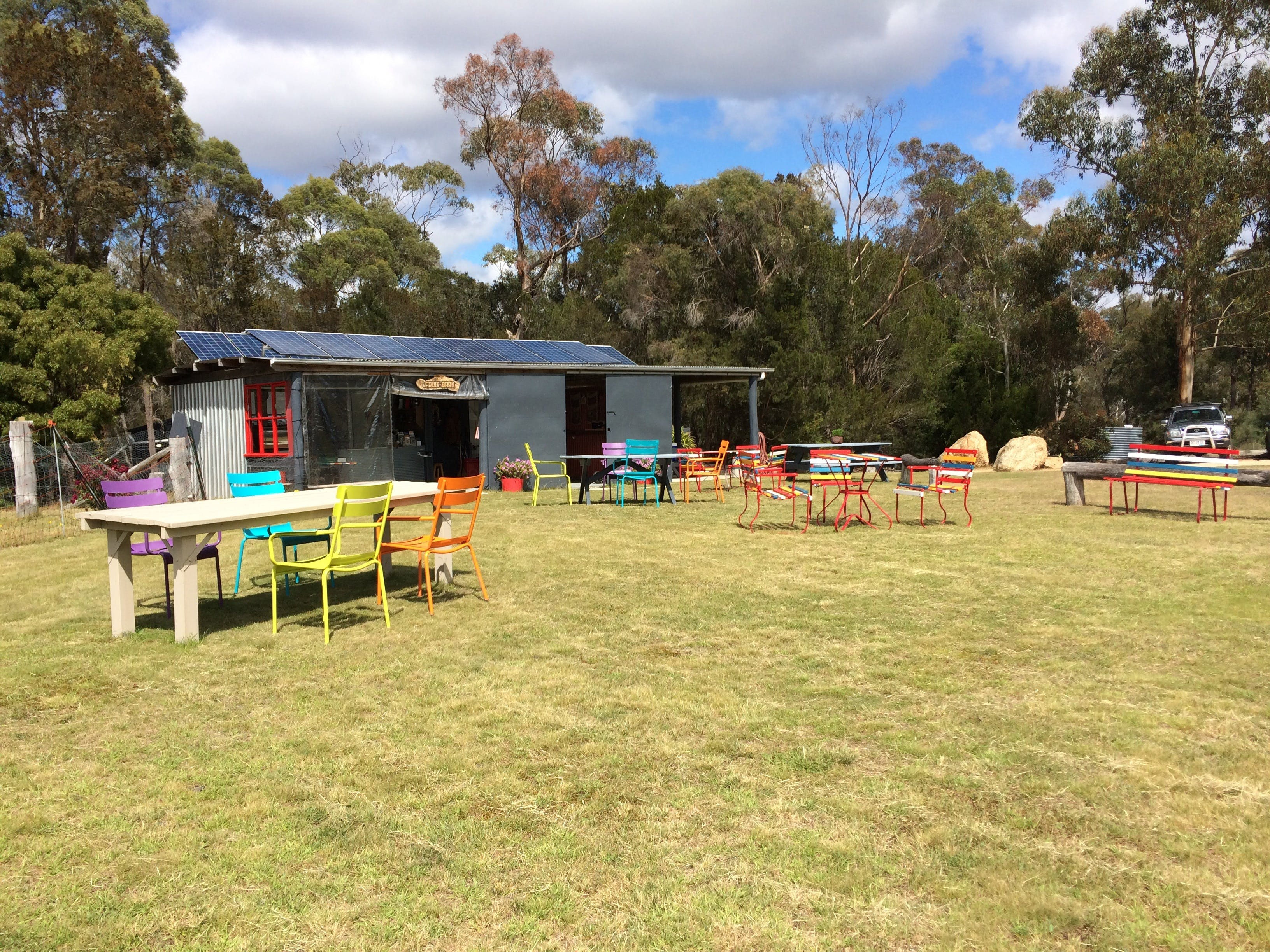 Cerisebrook Orchard and Family Golf - ACT Tourism