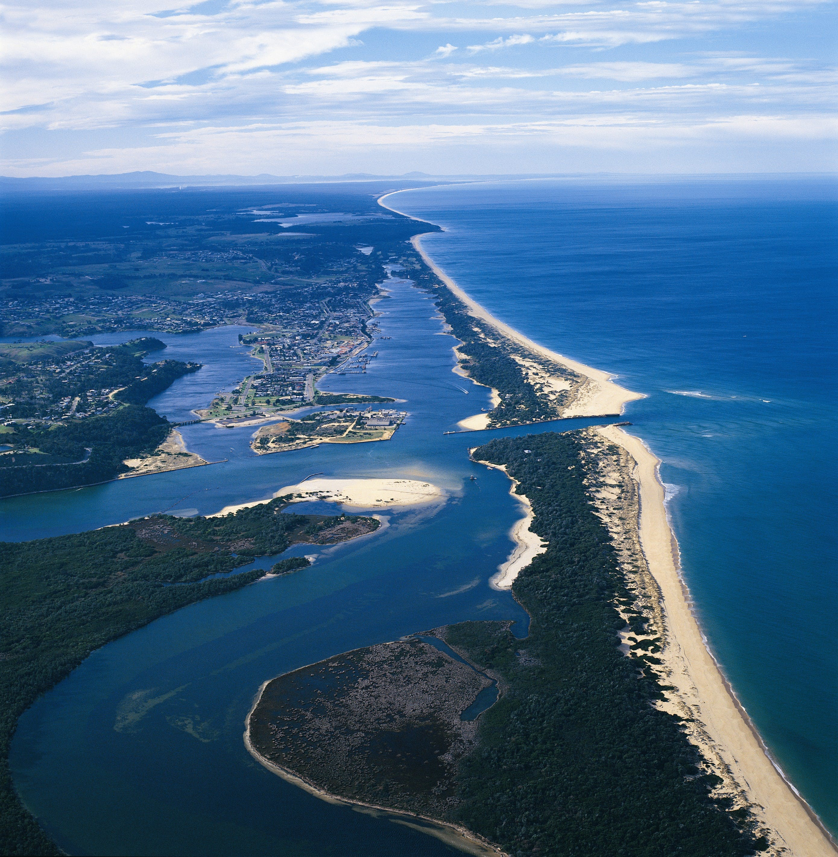 Ninety Mile Beach Marine National Park - ACT Tourism