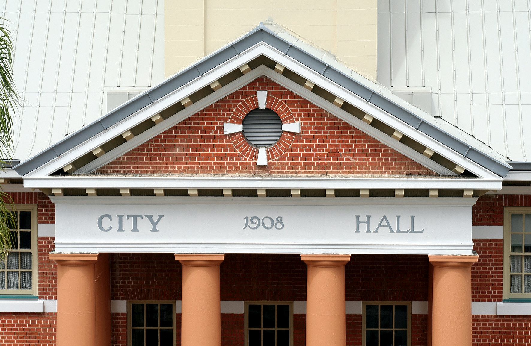 Maryborough City Hall - ACT Tourism