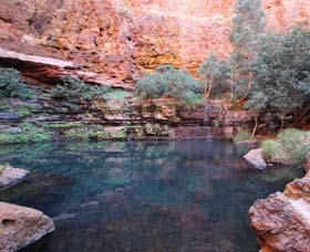 Gorge Rim Walk Dales Gorge - ACT Tourism