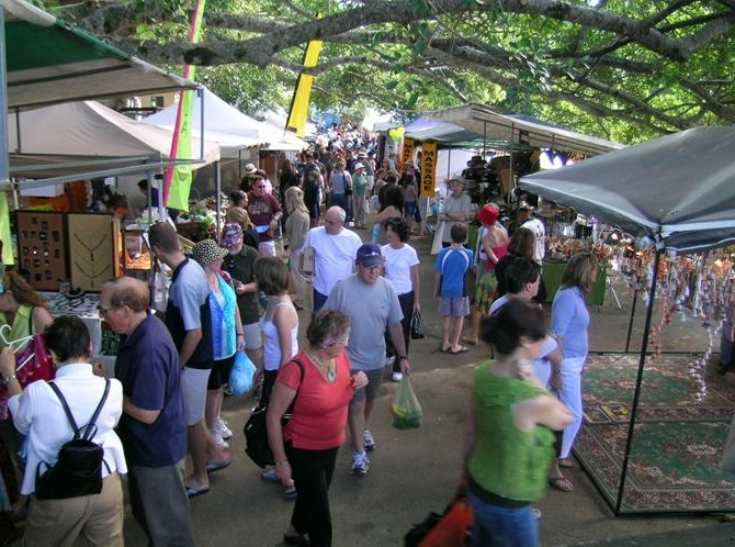 Eumundi Markets - ACT Tourism