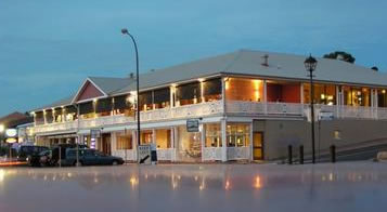 Seacliff Beach Hotel - ACT Tourism