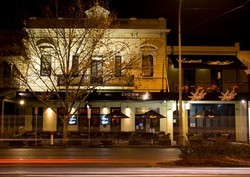 Crown and Sceptre Hotel - ACT Tourism
