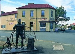 Clarendon Arms Hotel - ACT Tourism