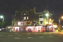 Captain Cook Hotel - ACT Tourism