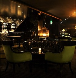 Trademark Hotel Lounge Bar and Piano Room - ACT Tourism