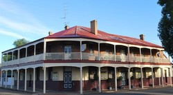 Brookton Club Hotel - ACT Tourism