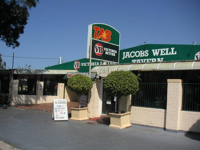 Jacobs Well Bayside Tavern - ACT Tourism