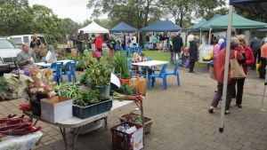 Hamilton HIRL Farmers and Craft Market - ACT Tourism