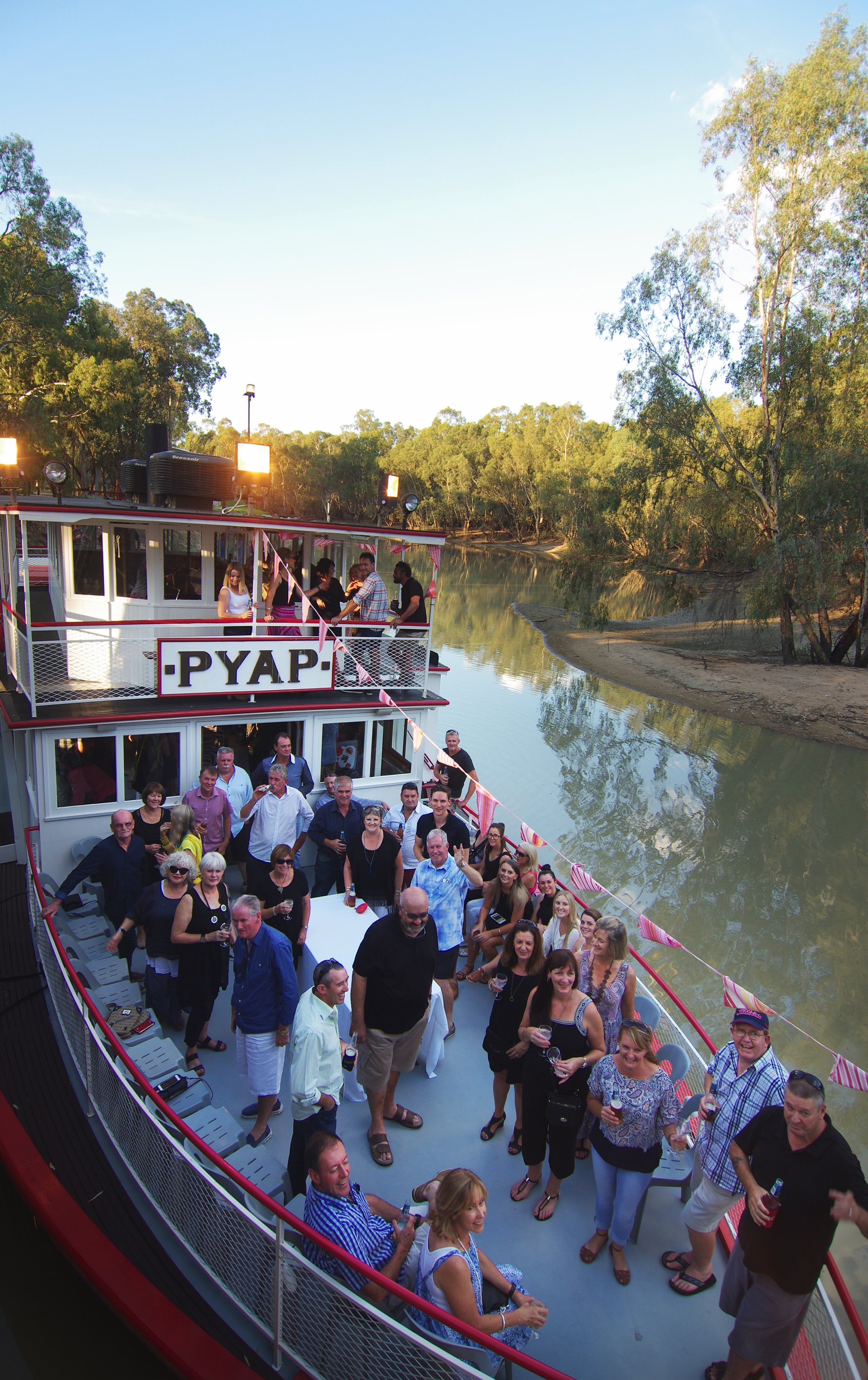 Swan Hill Region Food and Wine Festival Cruise - ACT Tourism