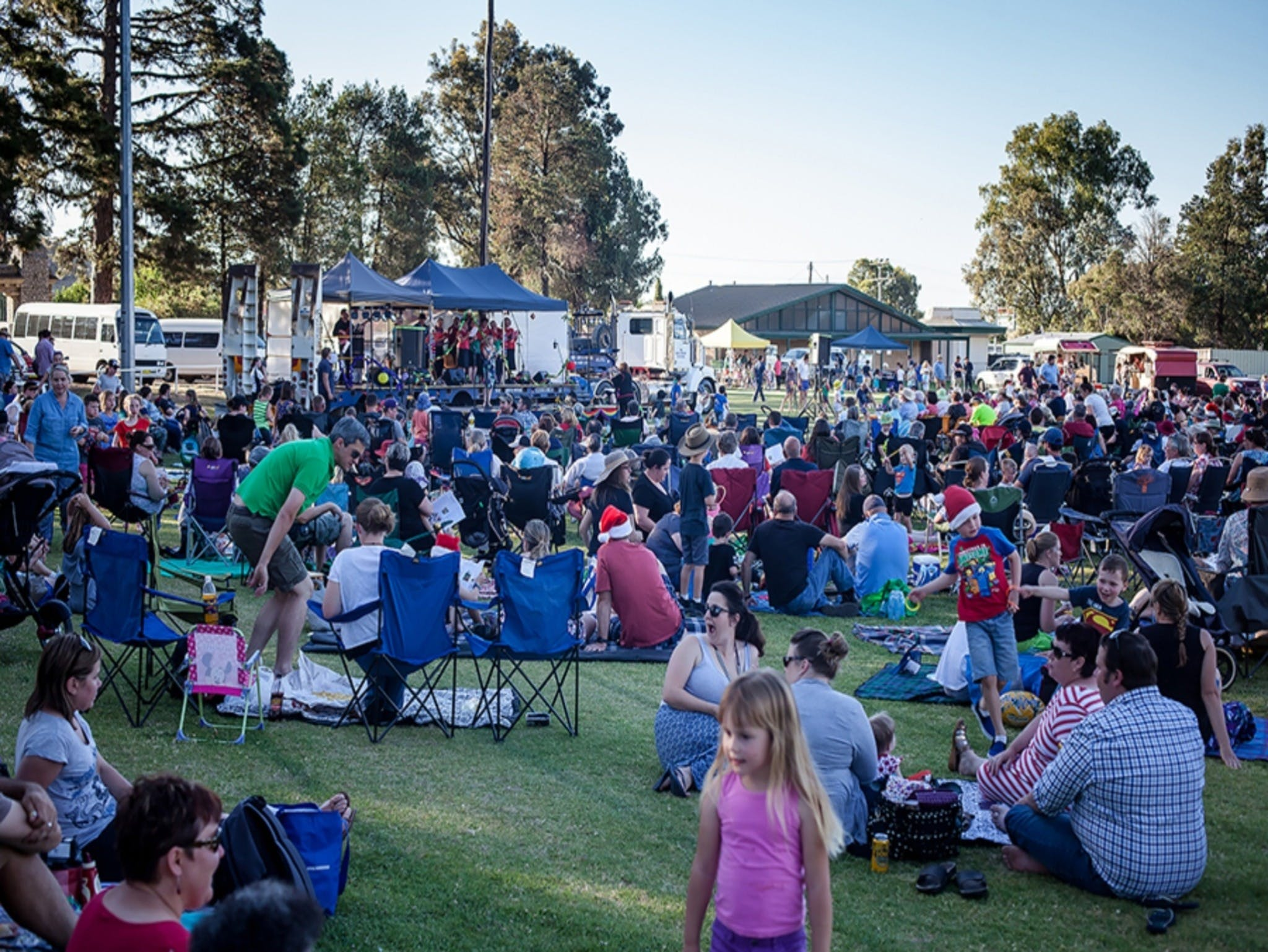 Yass Community Christmas Carols - ACT Tourism